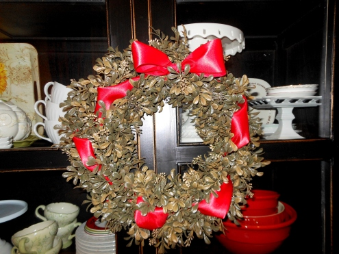 Christmas Wreath - Boxwood and Red Bow