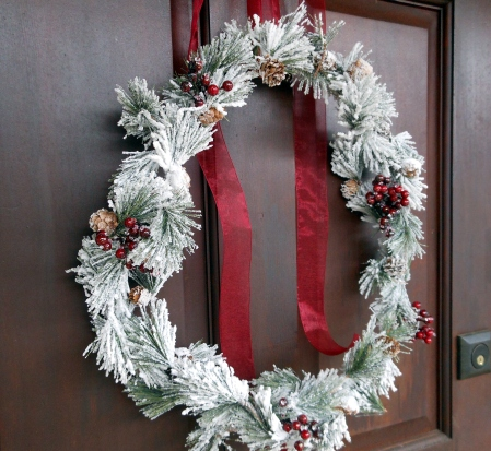 A Frosty Holiday Wreath